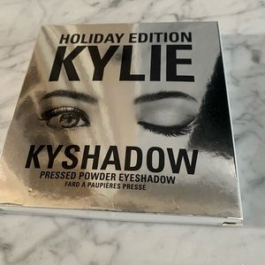 "Kylie Cosmetics ""Holiday 2016"" Eyeshadow Palette"